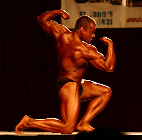 Body Builders Hardcore In All Poses